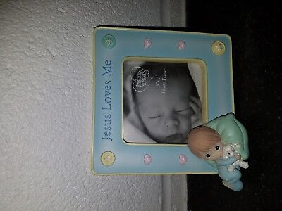 """Precious Moments Picture Frame """"Jesus Loves Me"""""""