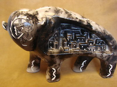 Large Navajo Indian Pottery Horse Hair Etched Buffalo Sculpture! PT0087