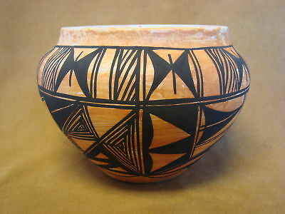 Native American Acoma Pot Hand Painted by S. Salvador PT0074