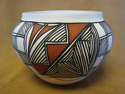 Native American Acoma Pot Hand Painted by S. Salvador PT0077