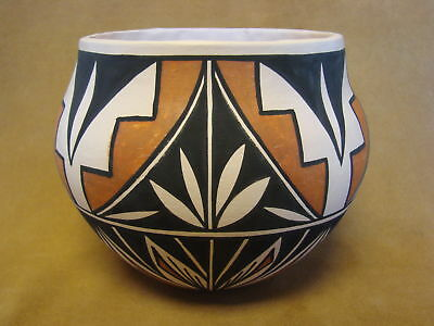 Acoma Indian Pottery Hand Coiled & Painted Pot PT0091