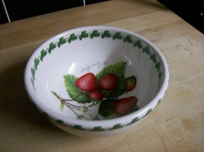 Portmeirion Strawberry Fair Small Round Oven to Table Ware Serving Bowl