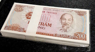 1987 Vietnam 200 Dong Banknote In 100pcs Bundle Unc Free 1 B Note