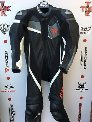 Dainese Veloster 1 piece race suit with hump uk 46 euro 56
