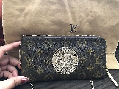 a0dc1738b2f LOUIS VUITTON MONOGRAM Trunks Bags Clutch Wallet Limited Edition