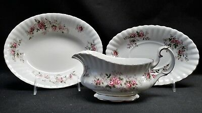 Royal Albert England Lavender Rose Gravy Boat Underplate & Oval Vegetable Bowl