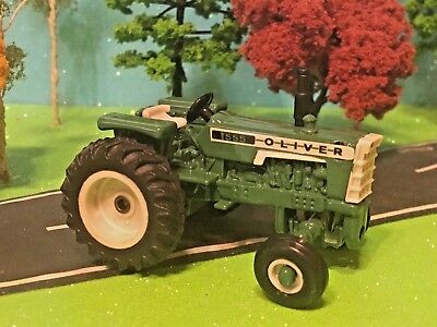 Oliver Tractor, Model 1555, Vintage Collector Tractor, 1:64 Scale Farm Toy