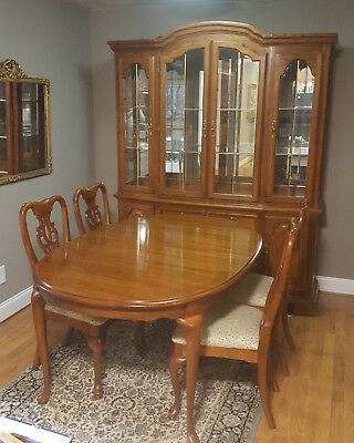 American Drew Dining Room Set, Queen Anne style table, chairs and cabinet