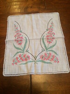Vintage 1960's handmade embroidered handkerchief Hanky pink flowers decorative
