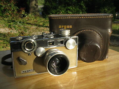 Argus C3 Matchmatic Two-Tone Rangefinder Camera (AS IS)