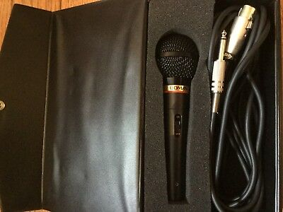 BOMAN PRO-48BK Dynamic Microphone Uni-directional with Cord And Case