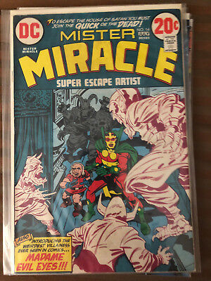 Mr. Miracle #14 (1973), #2 & #5 (1989) and Flash #262 (1978).  Lot of 8 Comics