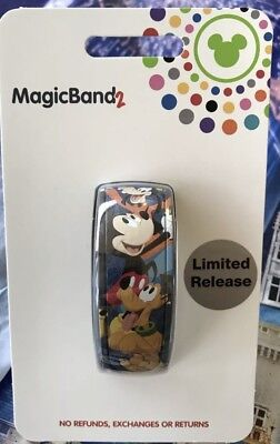 NEW Disney 2019 Limited Release Magic Band 2 Mickey Donald Chip Dale