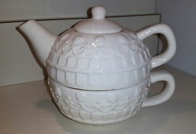 White Ceramic Teapot NIB