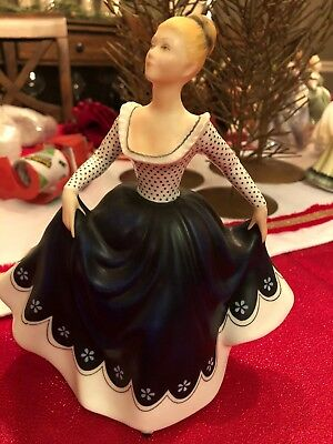 "7.5"" Figurine, Titled, Lisa, HN2310, By Royal Doulton, COPR.1968, Estate Col"