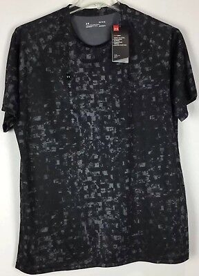 mens under armour Athletic T shirt Large loose Short sleeve Crew Heat Gear NWT