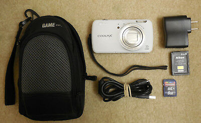 Nikon COOLPIX S800c 16MP 10X zoom w/strap, battery/charger, bag,SD card,warranty