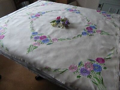 Vintage Hand Embroidered Linen Tablecloth- Beautiful Flower Circle - Stunning