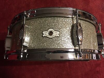 "Vintage 60s CAMCO Snare Drum ""The Studio"" in Silver Sparkle"