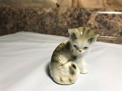 "Vintage White with Gray Stripes Cat Figurine with ""RR"" Sticker"