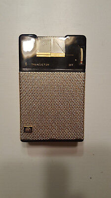 NRC Rare Vintage Japan 6 Transistor Radio & Leather Case  Radio Works