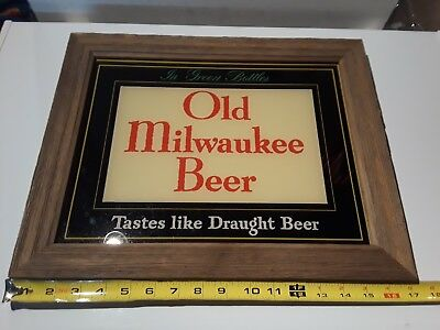 VINTAGE 1950'S  OLD MILWAUKEE BEER GLASS SIGN. 14 3/4 X 11 1/2 in, IN WOOD FRAME