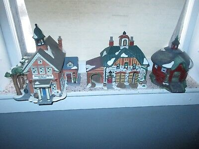 Lot of 3 Lighted O'Well Buildings, Boarding School, Barn, Carraige House, LOOK!