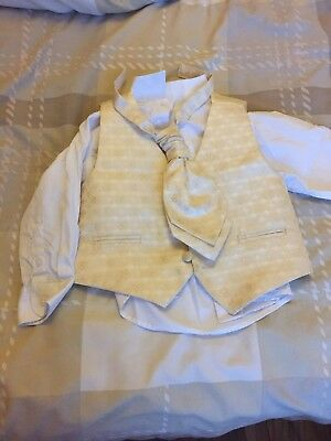 Boys Ocassion/wedding Page Boy Outfit Age 3 With Tie