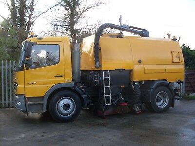2008 Johnston Vt650 Road Sweeper On 1318 Mercedes Chassis
