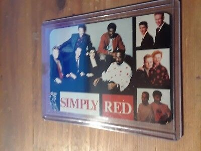 simply  red pic.