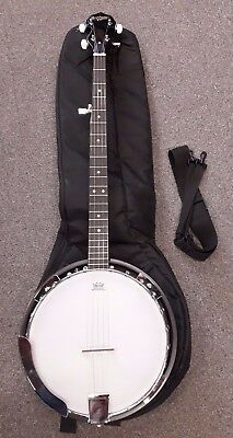 Countryman TCB24 5-string banjo, pre owned in great condition with bag and strap