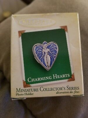 Hallmark Ornament 2005 CHARMING HEARTS Miniature Collectors Series Photo Holder