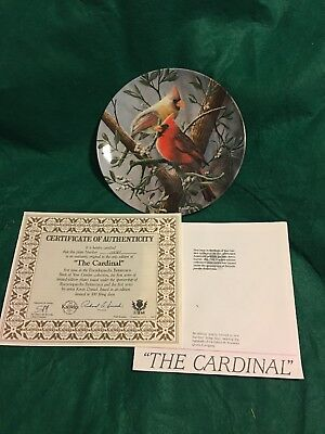 """Decorative Plate Dish Collectible E. Knowles """"The Cardinal"""" with-certificate & #"""