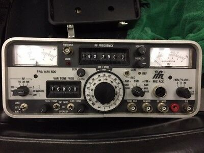 IFR FM/AM-500 Communications Service Monitor  250 kHz - 999.99 MHz  with SINAD