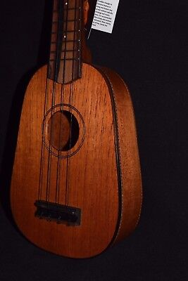 MELE SOLID MAHOGANY PINEAPPLE SOPRANO UKULELE; Beautiful. Sweet sound.