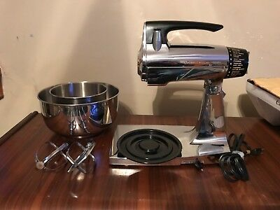 VTG Sunbeam Mixmaster CHROME/BLACK12 SPEED Kitchen Stand Mixer 2 Bowls 2 Beaters