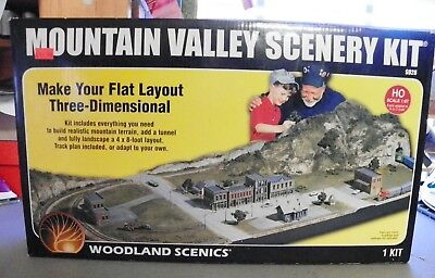 Woodland Scenics HO Scale Mountain Valley Scenery Kit #S928 WOOS928