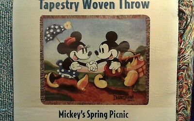 "Disneyland Resort 60"" x 50"" Tapestry Woven Throw Blanket Minnie Mickey Mouse"