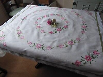 Vintage Hand Embroidered Linen Tablecloth - Beautiful Pink  Flower Circle