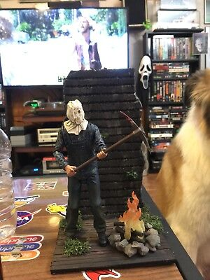 Neca Friday The 13th Part 2 Diorama