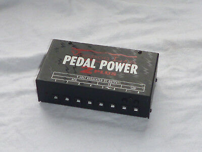 Voodoo Lab Pedal Power 2 Netzteil /USA