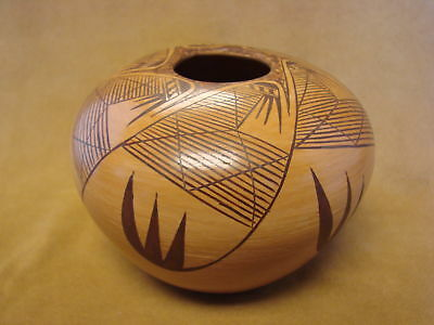Hopi Indian Hand-coiled Pot by Elva Nampeyo! PT0156