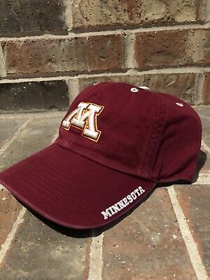 premium selection factory price excellent quality MINNESOTA GOLDEN GOPHERS Football Pin 2002 For Hat Cap Jacket ...