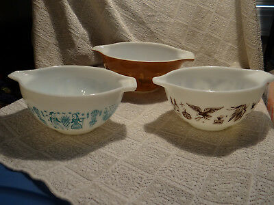 Vintage Pyrex Nesting Mixing Bowls Lot of 3 Hot Air Balloon Rooster Corn (E6)