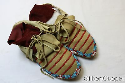 Sioux Beaded Mens Moccasins - Circa 1950 - Lawson