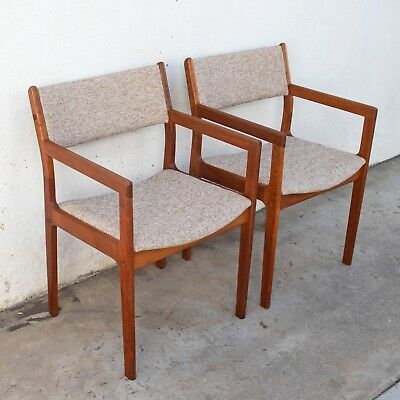 Set of 2 Mid Century Modern Solid Teak Dining Chairs by D Scan