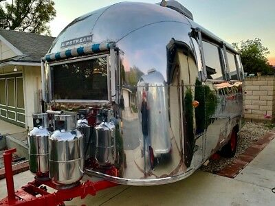 Vintage Airstream 1964 Bubble 17' Air Dinette Two Beds Full Bath  1900 Pounds CA