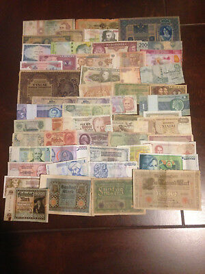 Lot 52 Different World Banknotes !!!!!!!