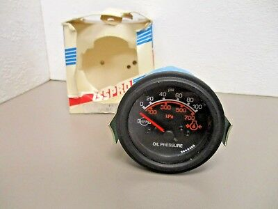 ISSPRO  R9021  Oil Pressure Gauge  Electric 12V  0-100 PSI  Black Bezel