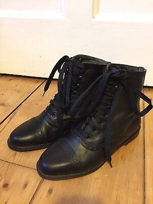 Vintage Black Real Leather Victoriana Lace Up Flat Ankle Boots EUC 4/37